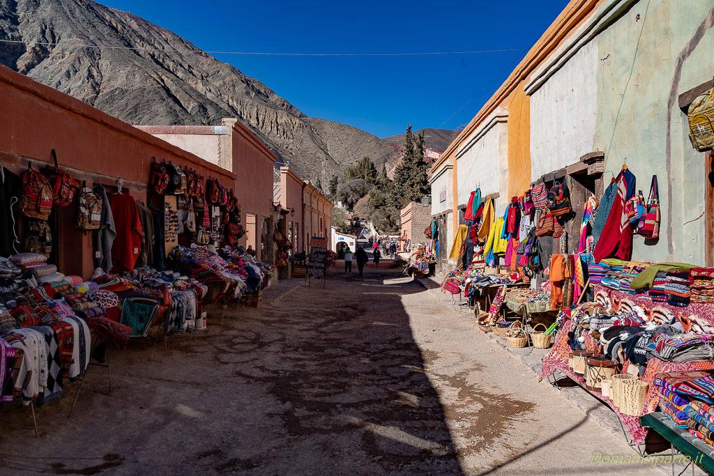 mercato-cerro-de-los-siete-Colores